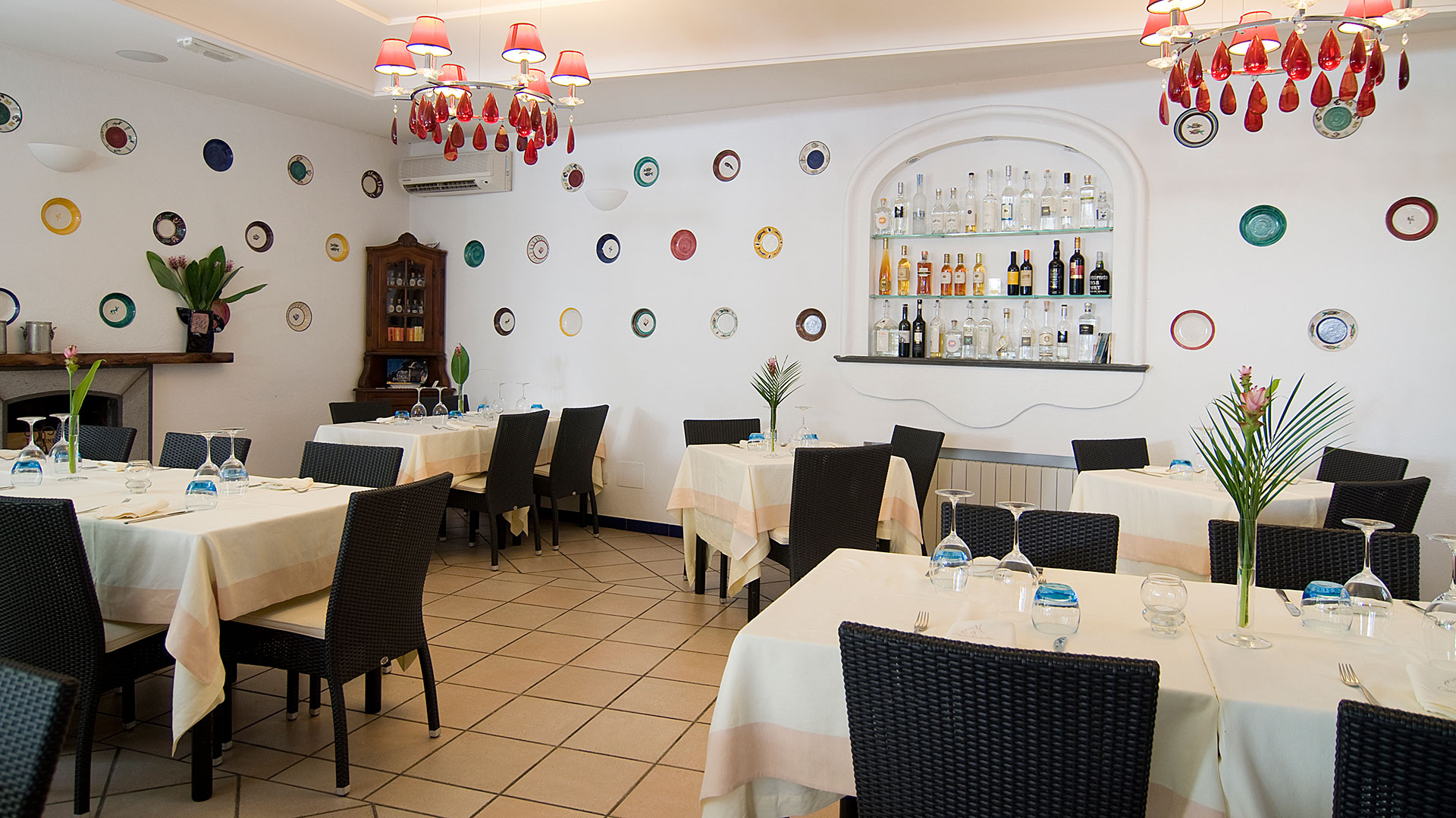 Contract e forniture bar ristoranti arredamenti e forniture in