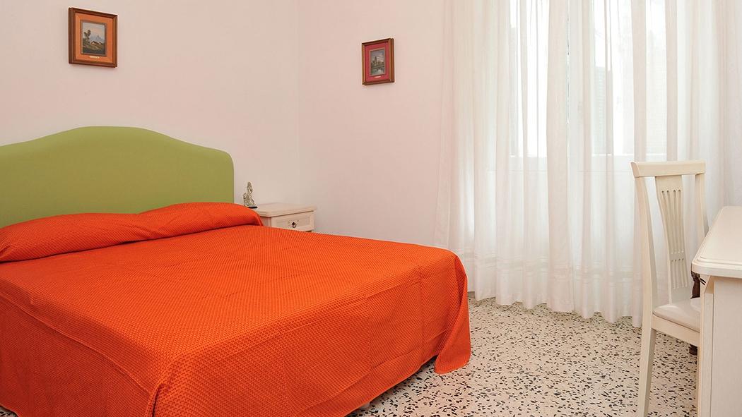 Catalogo vendita mobili arredamenti e forniture in for Nicoloro arredamenti salerno